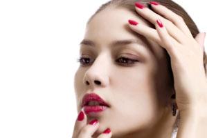 http://uface.ir/ | تکنیک آرایشی که با آن 10 سال جوان میشوید|تکنیک آرایشی|تکنیک جدید آرایشی|تکنیک حرفه ای آرایشی|تکنیک زیبای آرایشی|آرایشی که مارا جوانتر نشان میدهد|آرایشی که مارا جوان تر میکند
