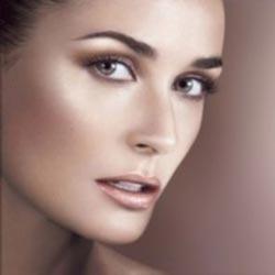 چگونه صورت خود را درخشان و زیباتر كنيم
